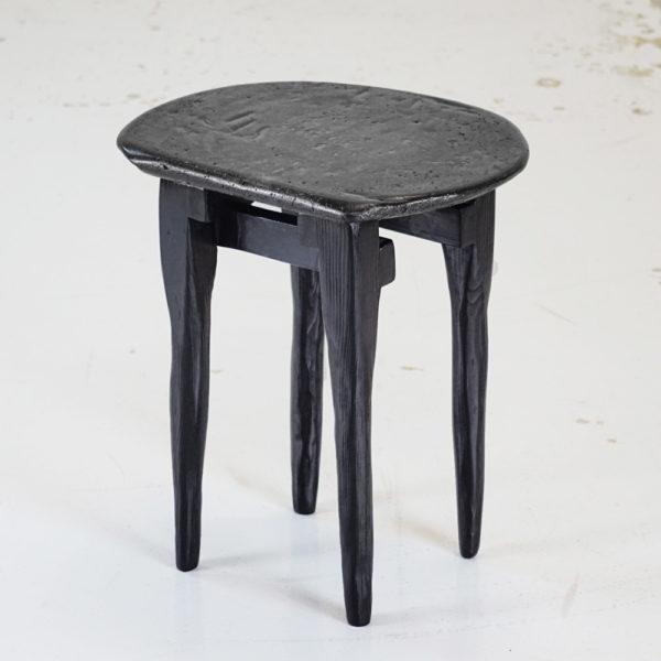 primitive-stool-tabe-3quarti